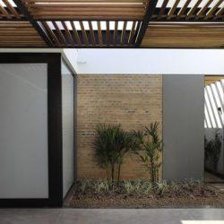 Cobertura metálica com madeira