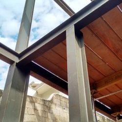 Montagem da estrutura metálica residencial