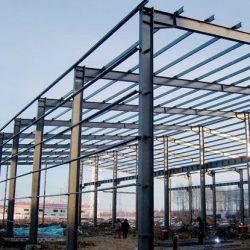 Montagem estrutura metálica com cobertura