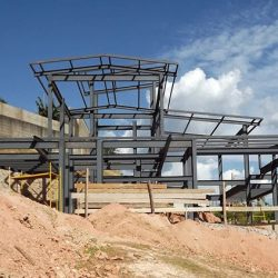 Processo de montagem estrutura metálica